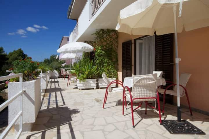 3 Apartments Delic, Island Hvar, Studio 1