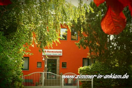 charmant-ruhig-zentral - Bed & Breakfast