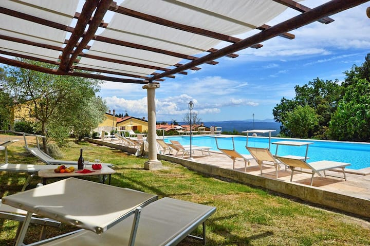 Sculture 3 - Holiday Rental with swimming pool on the Tuscan Coastline