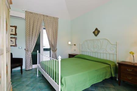 camera per 2 persone  - Fiumefreddo Sicilia - Bed & Breakfast