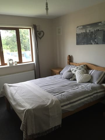Two bedrooms available - Ballybrittas
