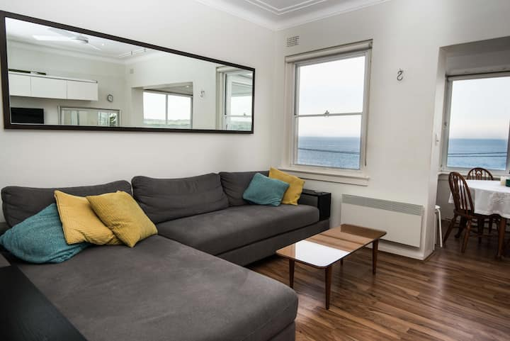 Maroubra Views - close to Beach , City & Airport