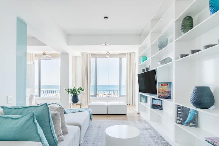 Two Bedroom Sea View Apartment Three Minute Walk from Beach