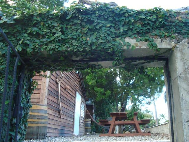 Wooden Finca Lodge - Puerto Plata - Bed & Breakfast