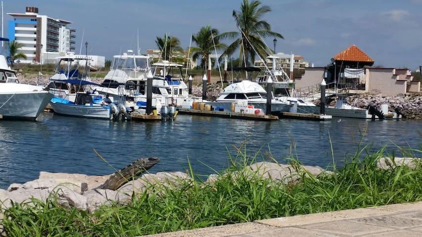 Vida en la Marina departamento - Mazatlán - Apartamento