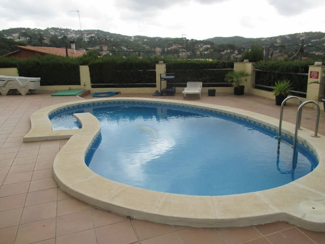 BEAUTIFUL APARTMENT LLORET DE MAR  PRIVATE POOL!! - Vidreres - Byt