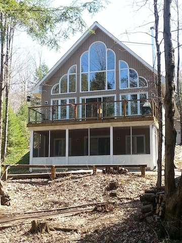 The Perfect Riverfront Chalet-$85 April Weekday! - Bracebridge - Cabin