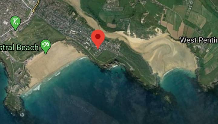 Swimming pool, and 5 minutes from Fistral beach
