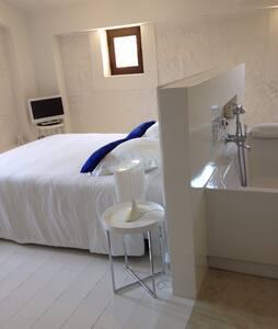 Suite Blanche design - Beaumes-de-Venise