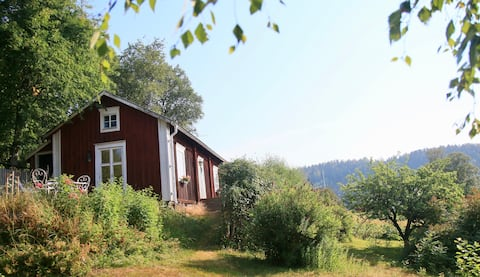 Sjarmerende hytte i Nordingrå, hjertet av Høykysten
