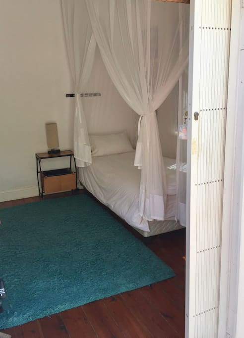 Single bed option for one guest