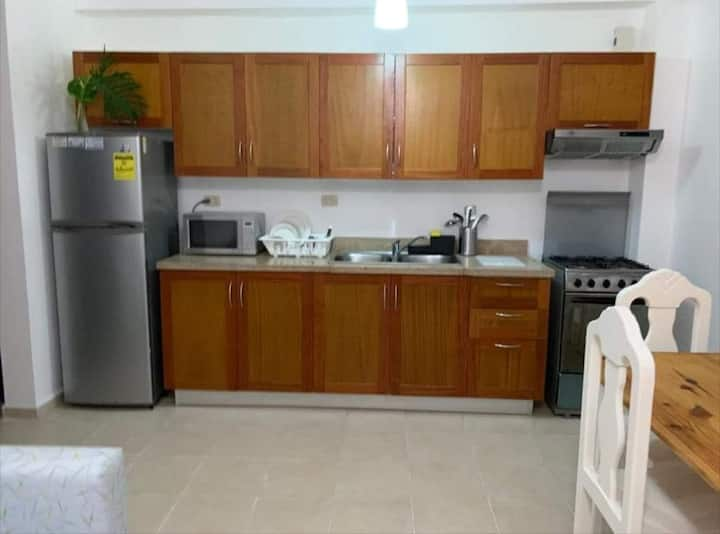 At few steps from the beach. Bright 1 bedroom apt
