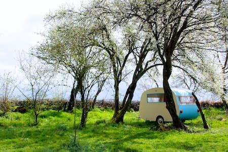 Cosy caravan & traditional sauna - Saint-Maurice-sur-Aveyron