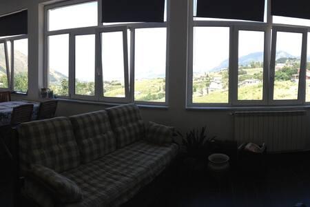 Appartamento per cinque in collina - Monreale