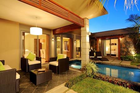 Athena 1 bedroom villa with pool - Grand Baie - Villa