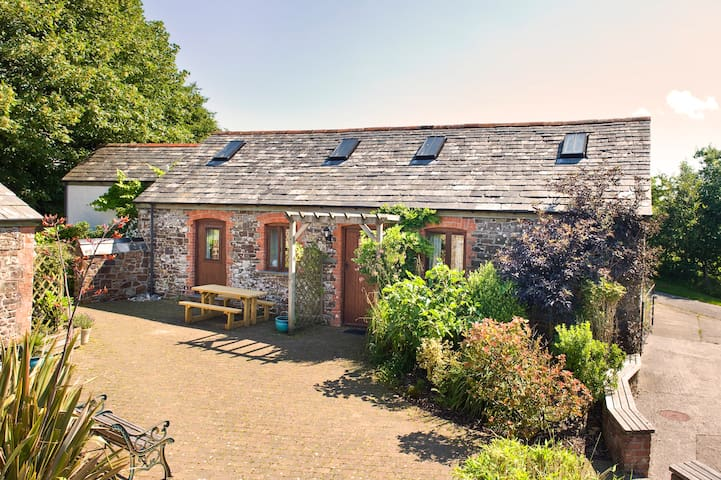 Stables - Stunning barn conversion north of Bude - Woolley - Σπίτι