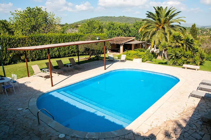 Finca Miana - Big pool, garden and grill house.