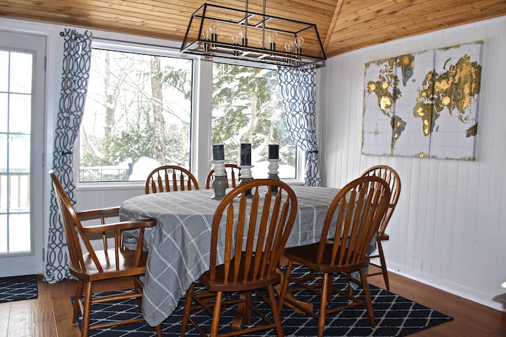 Dining Room w/ option to seat up to 8 people