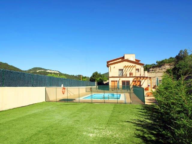 Family villa near Barcelona - Jorba - 別荘