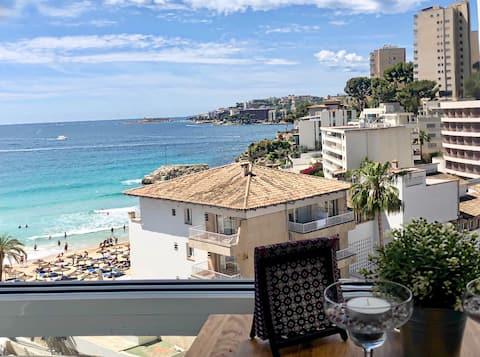 Appartement de première ligne avec vue sur la mer