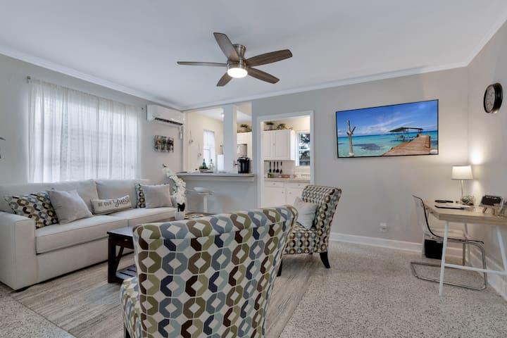 Cozy/Modern 1 Bedroom Cottage