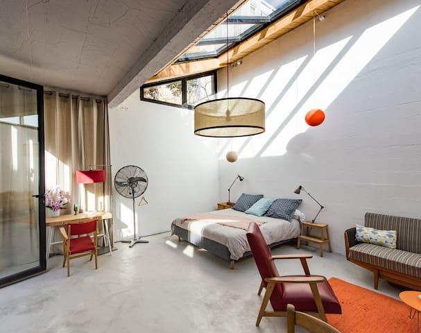 Studio, la campagne à 15 mn à pied de Paris