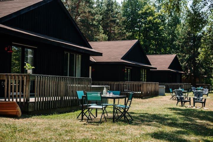Private Cedar Chalet  Lake View