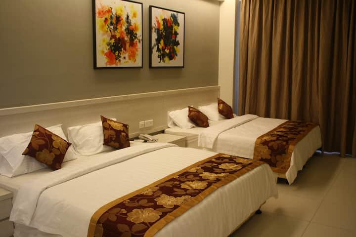 Suites @ Aurora Hotel