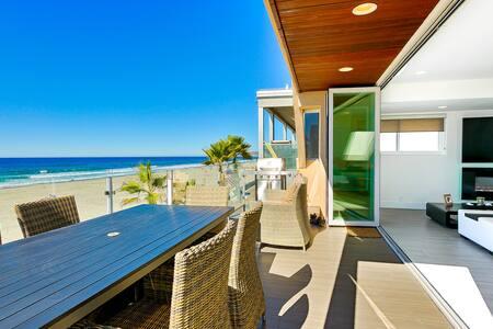 Ocean Front Walk B: 117069 - サンディエゴ