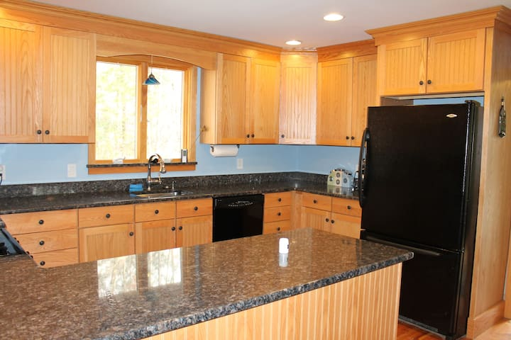 Privacy 5 Miles to Pico/Killington! - Mendon - Huis
