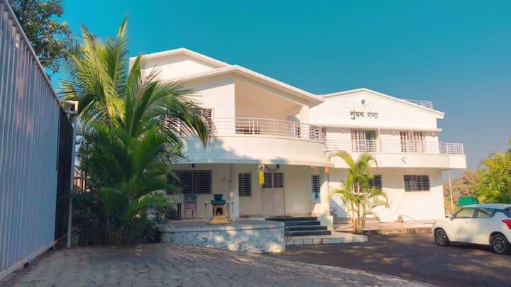 Silver Oak Villa