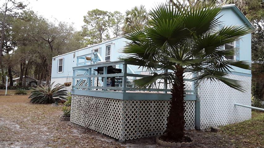 Yankeetown-Historic Old Florida