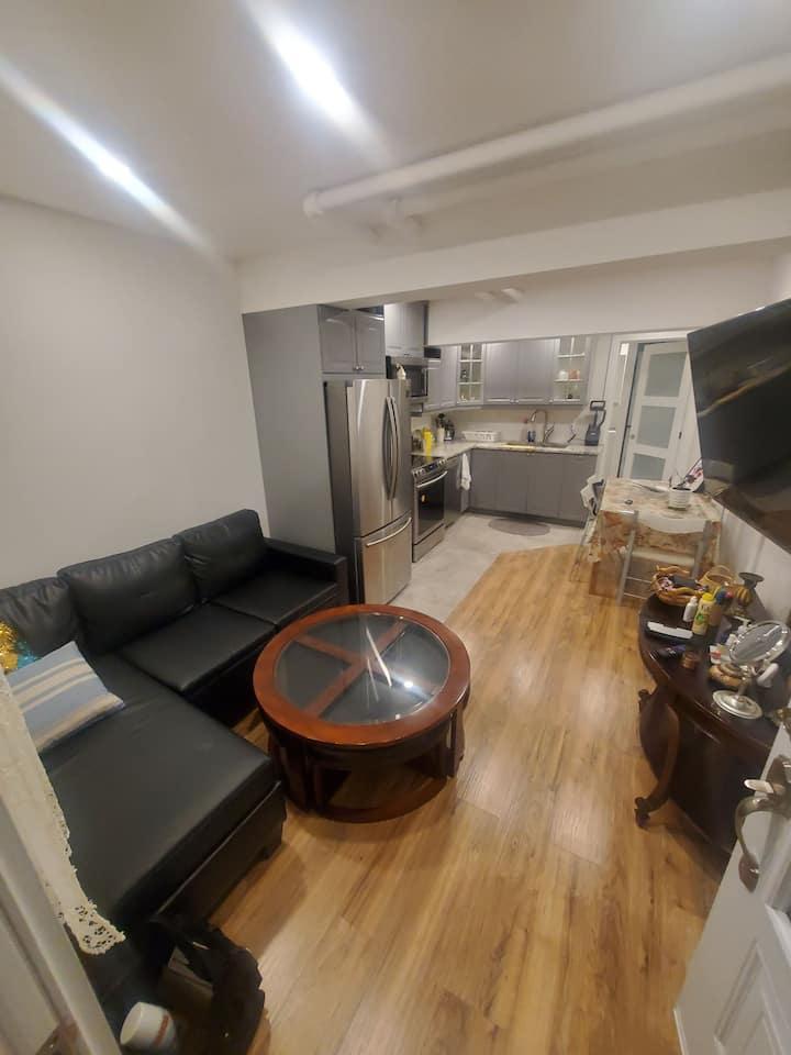 Appartement moderne 1 chambre avec entrée privée