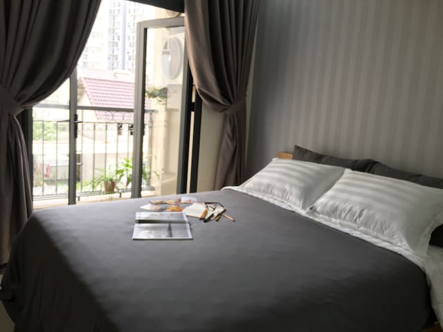 Serviced apartment in D2, keycards access building