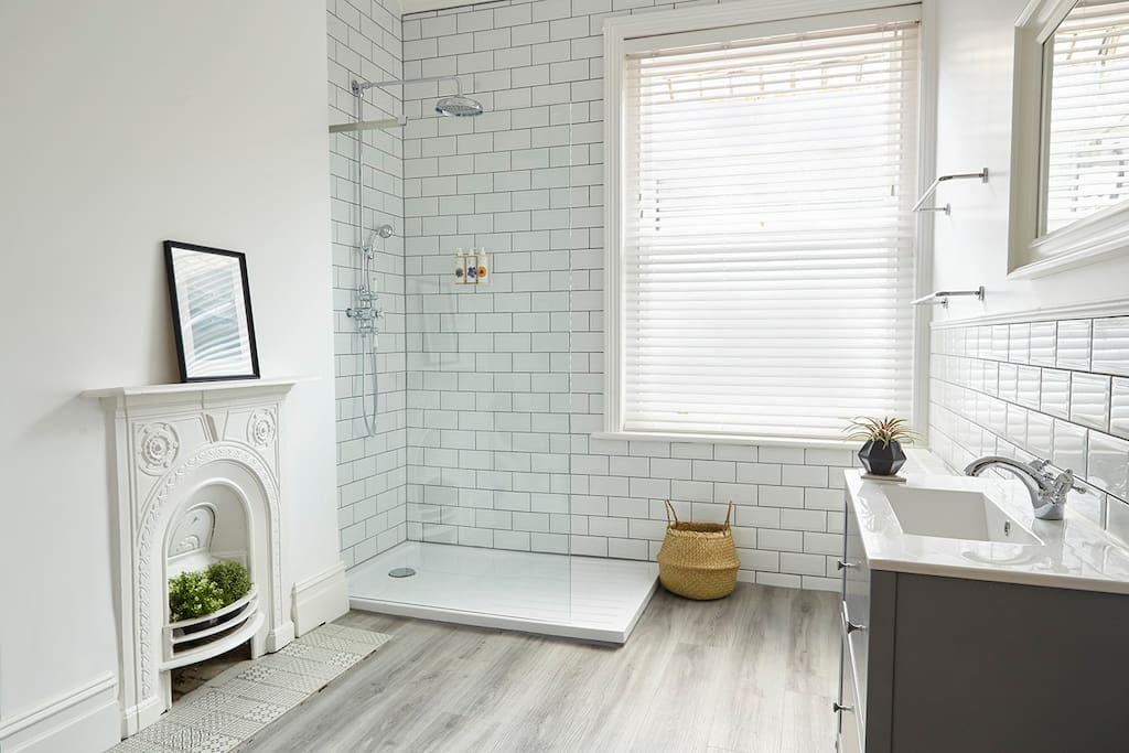 Spacious bathroom with Bramley products to enjoy