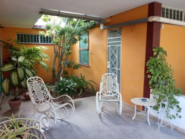 Entrada Habitación Rosada