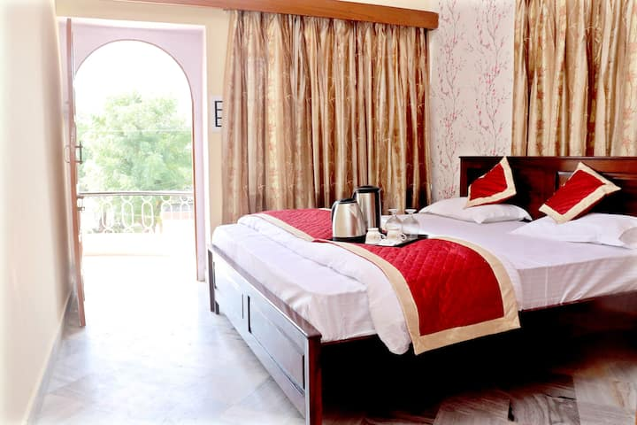 Private 2BHK w/Balcony ★6kms to Jaipur Junction★