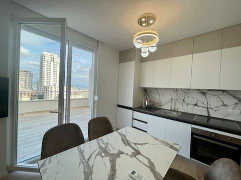 Luxury Sea View Terrace|Best Location| 100mbs wifi