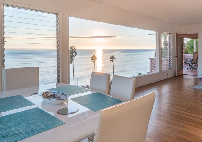 Rare Ocean View Gem by the Beach - Los Angeles - Hus