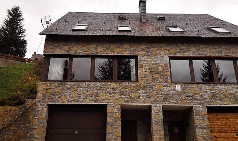 Casa adosada - Santa Gemma - Hus