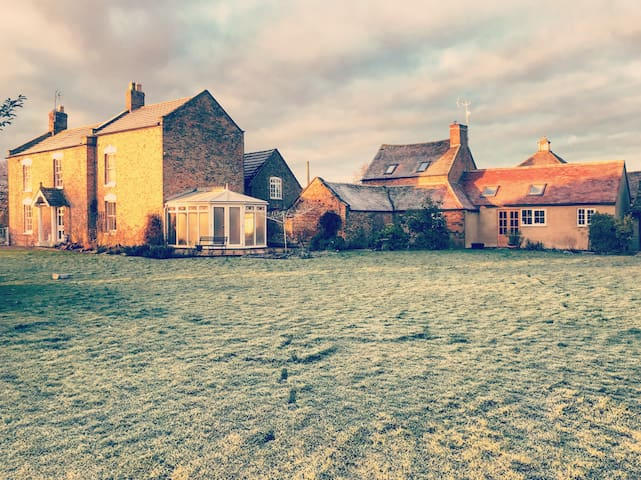 Spacious one-bed cottage on a rural working farm