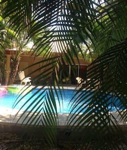 Paz (habitación privada) - Playa Nosara - Bungalow