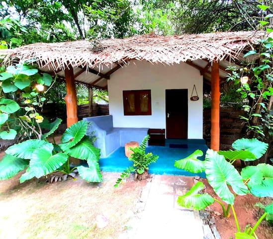 Priya place boos vila