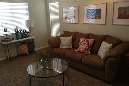 Cute, clean and great location! - St. George