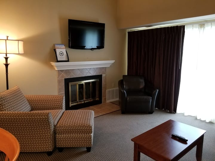 Book a December visit! Cozy Grand Traverse condo!