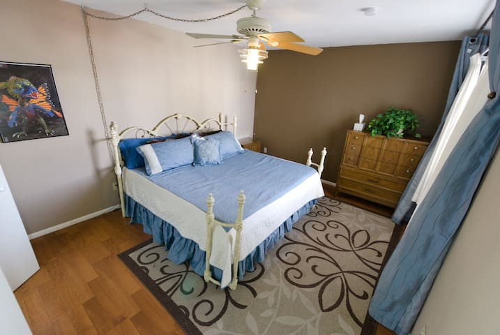 Master Bedroom; King Size Bed with memory foam