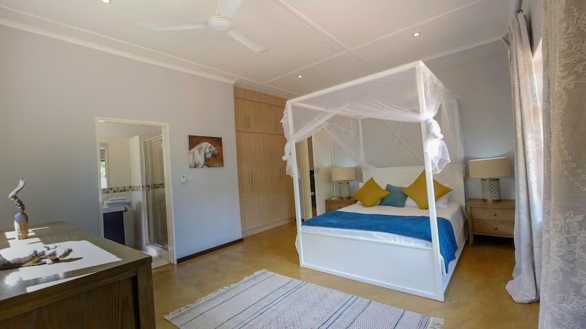 King Size Bedroom, with en-suite shower room, air-conditioned.