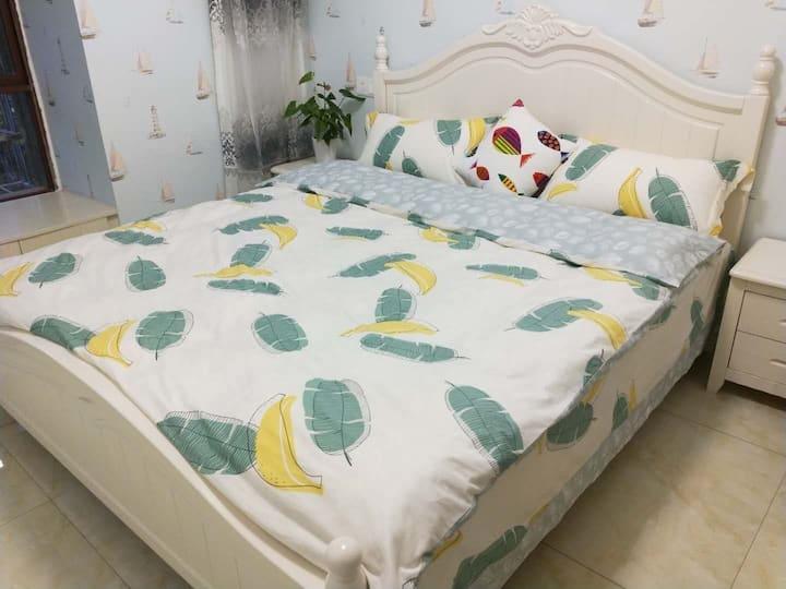 阳光温馨大床房!