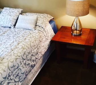 Luxury Private Room III - Ybor City - Tampa - Talo