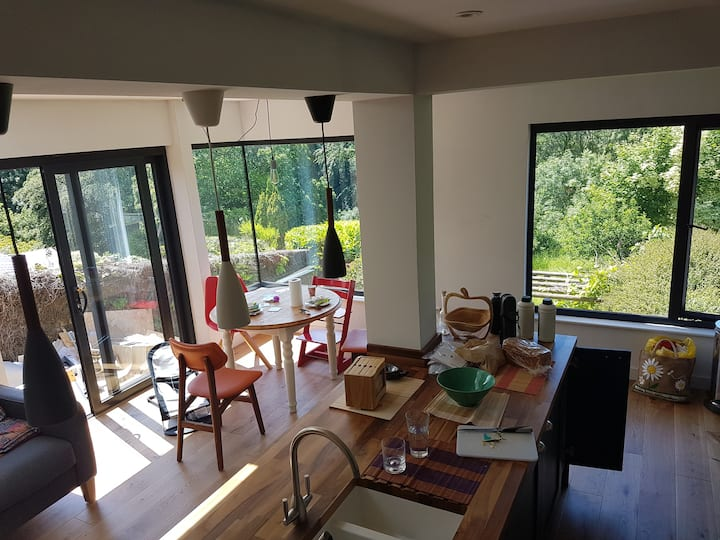 3 bedroom house with amazing views near Bristol
